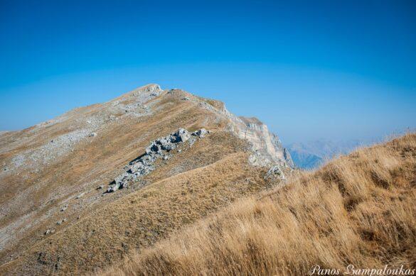 Κορυφογραμμή προς Στρογγούλα